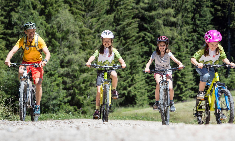 Kinder- Bikehotel Südtirol: Tolle Fahrradausflüge mit Kindern